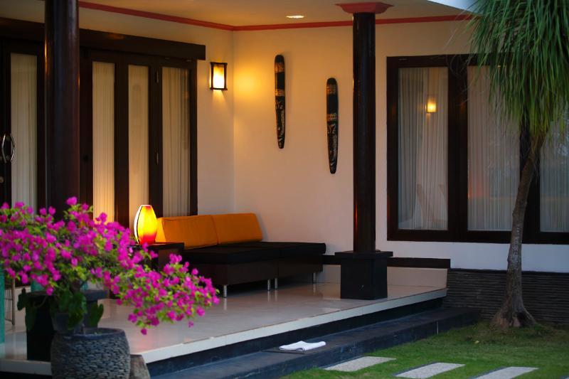 Family beachfront two bedroom villa - Image 1 - Gianyar - rentals