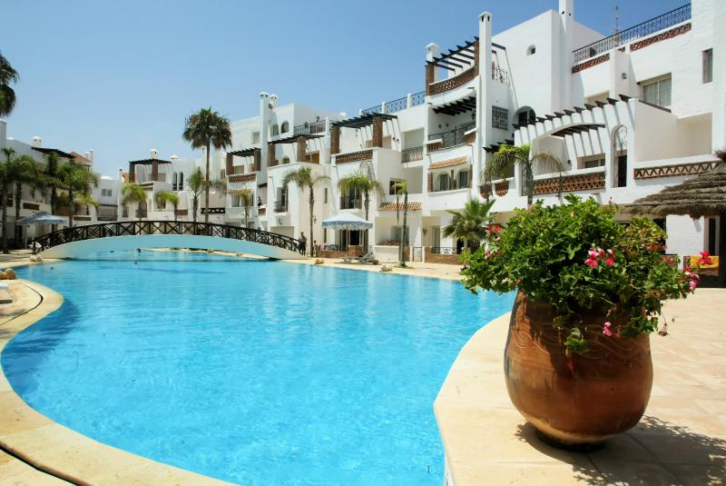 Apartment near Casablanca with 3 bedrooms and Pool - Image 1 - Tamazouzte - rentals