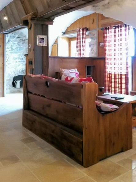 Le Coutegas – beautiful flat in Vaujany with the mountains on the doorstep - Image 1 - Vaujany - rentals
