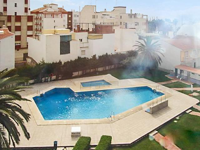 Beachside flat in Torre del Mar, Spain with sea- and city views and shared pool - Image 1 - Torre del Mar - rentals