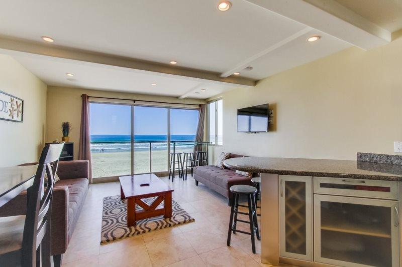 Jersey 3 - Mission Beach 3BR Oceanfront Gem - Image 1 - Mission Beach - rentals