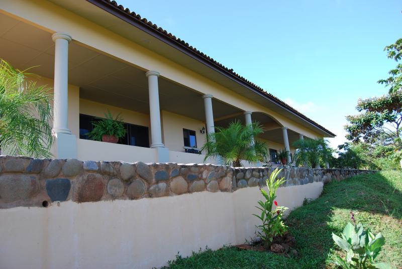 Los Establos Guesthouse - Villa Montana - 5 Bedrooms in Boca Chica, Panama - Boca Chica - rentals