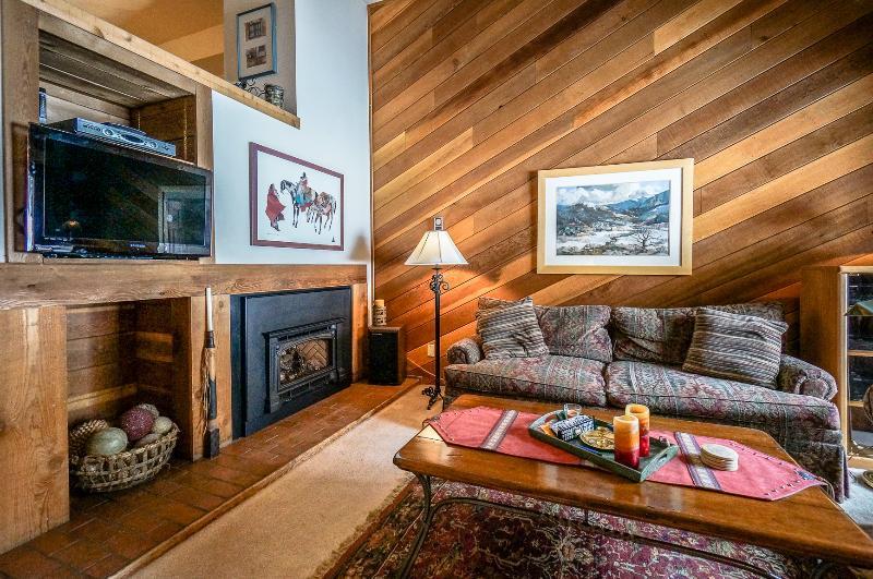 Appealingly Priced  2 Bedroom  - 1243-97851 - Image 1 - Breckenridge - rentals