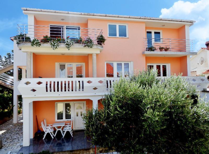 Apartments ANA, Croatia, Island KRK-NINA C.G - Image 1 - Silo - rentals