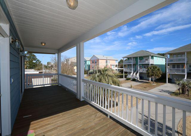 Holy Mackerel -  Comfortable and quiet home just 5 short blocks from the beach - Image 1 - Carolina Beach - rentals