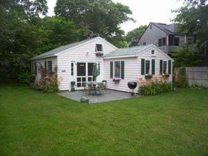 48 Ocean Ave , Rear Cottage 125281 - Image 1 - Harwich Port - rentals