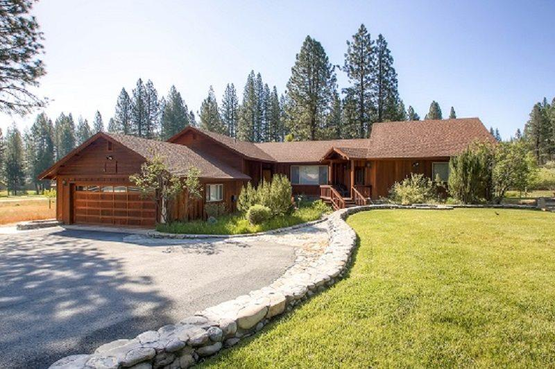 #3 EVERGREEN Large private home on the meadow $220.00-$255.00 BASED ON FOUR PEOPLE OCCUPANCY AND NUMBER OF NIGHTS (plus county tax, SDI, and processing fee) - Image 1 - Plumas County - rentals