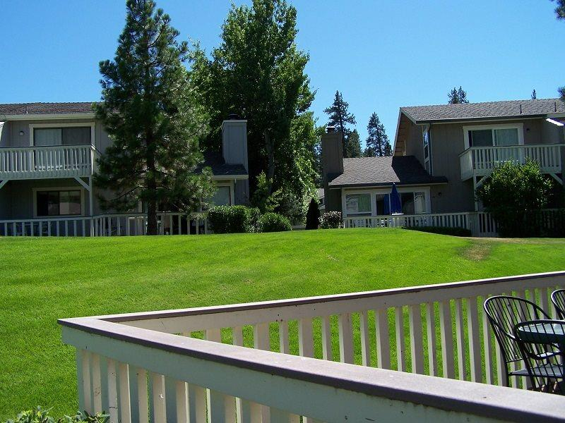 #50 ASPEN Charming, with country feel! $185.00-$220.00 BASED ON FOUR PEOPLE OCCUPANCY AND NUMBER OF NIGHTS (plus county tax, SDI, and processing fee) - Image 1 - Plumas County - rentals