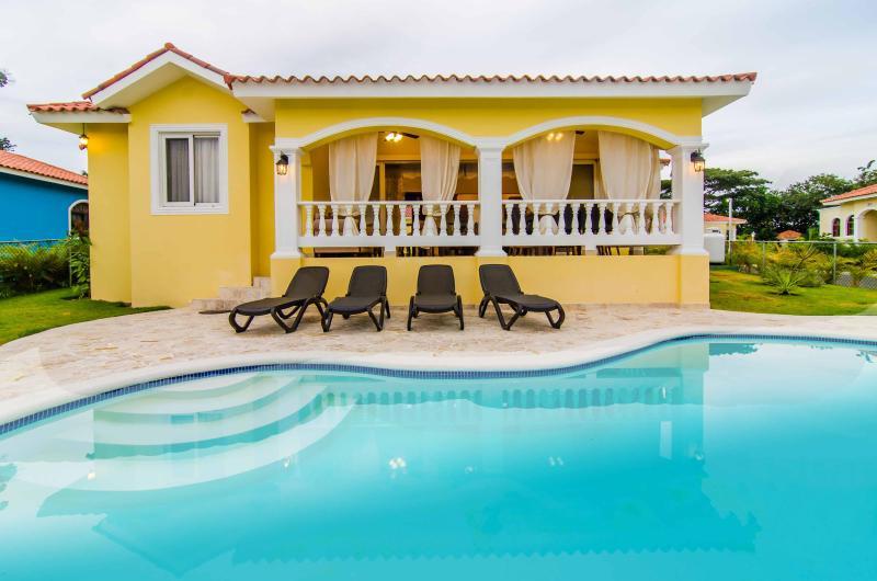 Beachfront Ocean resort villa. VIP - Image 1 - Sosua - rentals
