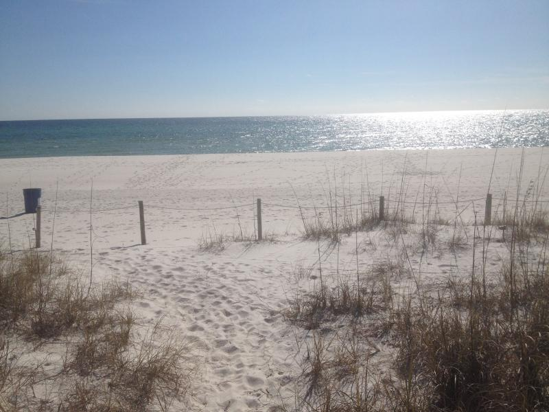 Yes this is Laguna Beach always at it's best! - Panama City Beach Cottage (Laguna Bch.) 1/2 blk f - Laguna Beach - rentals