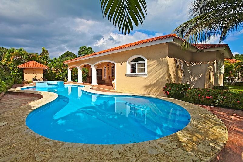 3 BD Caribbean villa near the beach - Image 1 - Sosua - rentals