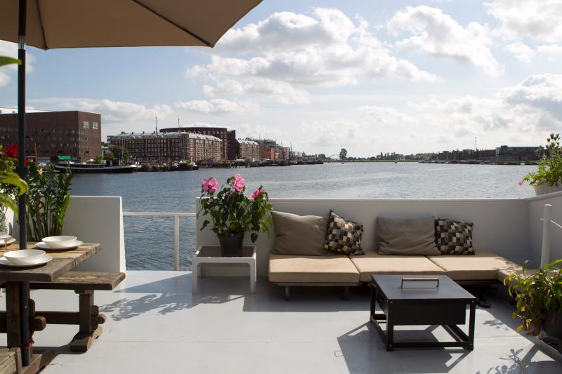 Harbour View Houseboat - Image 1 - Amsterdam - rentals