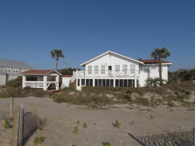 """1002 Palmetto Blvd -""""Sandcastle"""" - Image 1 - Edisto Beach - rentals"""