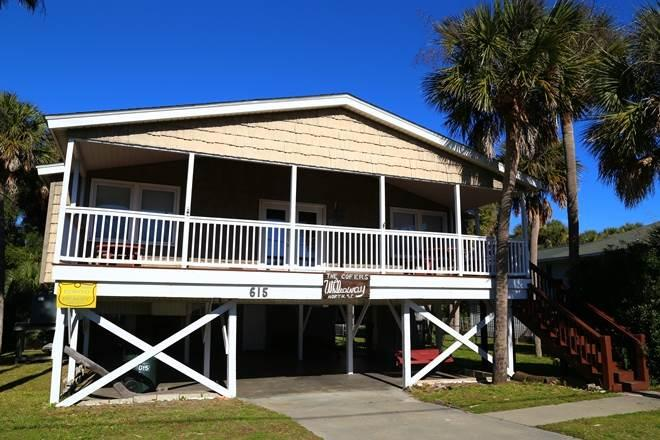 "615 Palmetto Blvd - ""While Away"" - Image 1 - Edisto Beach - rentals"