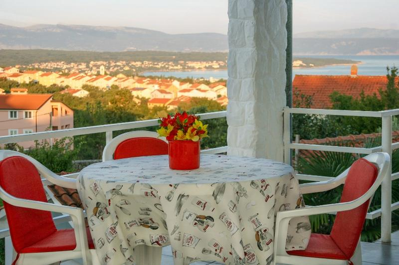 The magnificent view of the sea from the terrace - Apartment Kremenic with sea view ,A/C,WiFi - Malinska - rentals