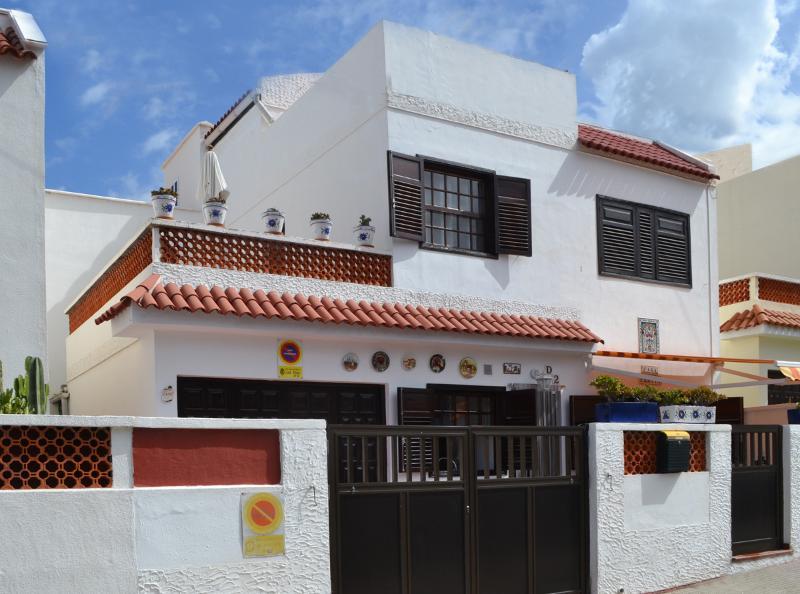 Front Aspect - Casa Ermita - Traditional Canary Townhouse - Los Silos - rentals