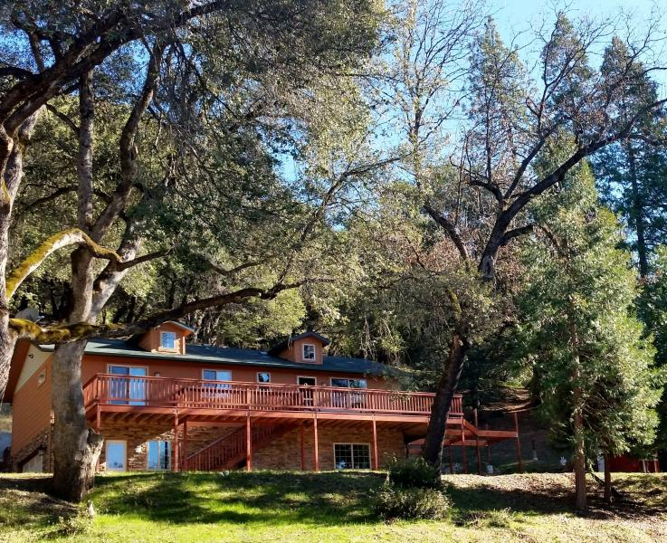 Yosemite Vacation haus! Where the stay alone is a Vacation! - *Yosemite Haus* Where The stay alone is a vacation - Oakhurst - rentals