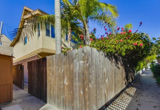 Mission Beach 3 bedroom house only one block from the ocean and a half a block to Sail Bay - Donna's Beach Retreat - Pacific Beach - rentals