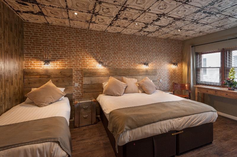 this is the New york Room it is an en-suite room can sleep up to 4 beautiful themed - City Retreat Mews Edinburgh - Edinburgh - rentals