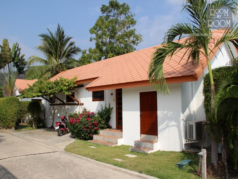 Villas for rent in Hua Hin: V5389 - Image 1 - Hua Hin - rentals