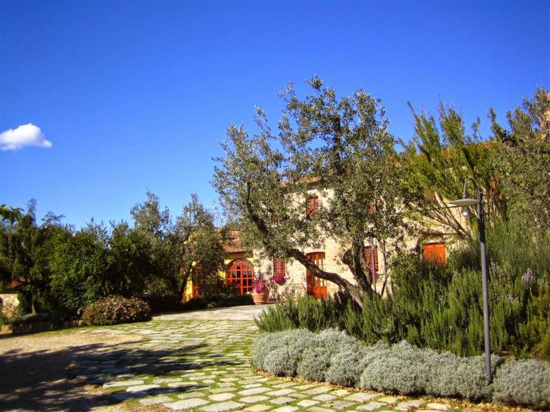 4 bedroom Villa in Capraia e Limite, Florentine hills, Arno Valley, Italy : ref - Image 1 - San Giusto - rentals