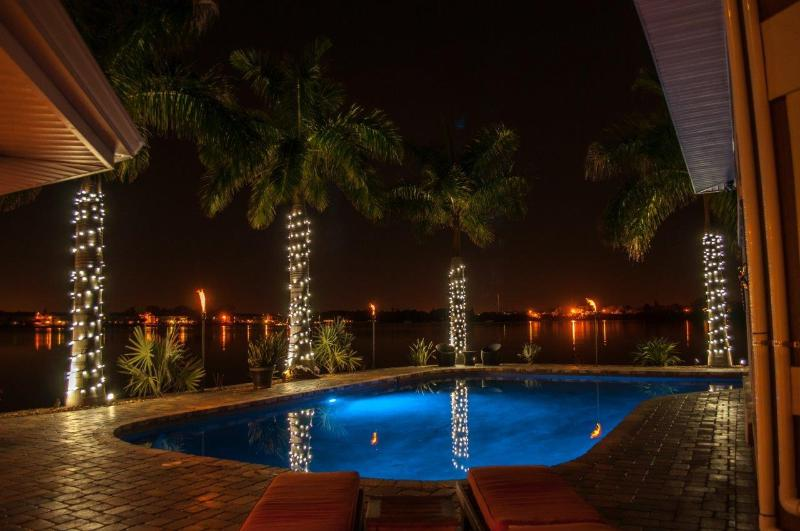 Magical Back Yard! - 7 bedroom/ 7 bath Waterfront Mansion EVENT FACILITY/WEDDING VENUE - Saint Petersburg - rentals