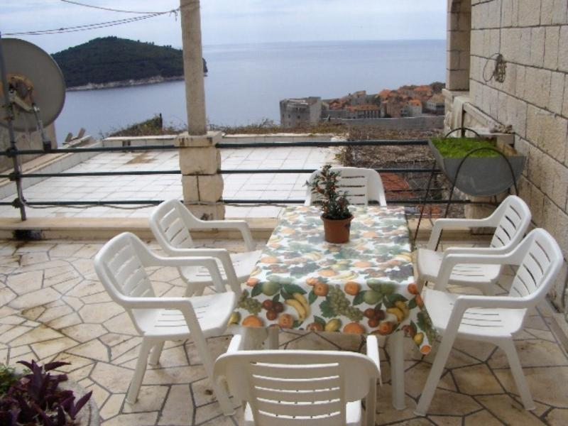 Sea View Studio Apartment-House with garden - Image 1 - Dubrovnik - rentals