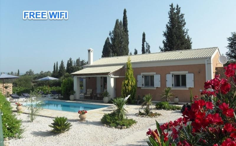 Secluded 2 bedroom villa with private pool - Image 1 - Corfu Town - rentals