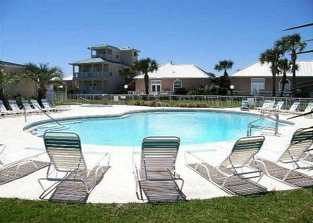 MARAVILLA HOUSE NEAR BEACH FOR 8! OPEN WEEK OF 4/4! - 10% OFF BOOK NOW - Image 1 - Destin - rentals