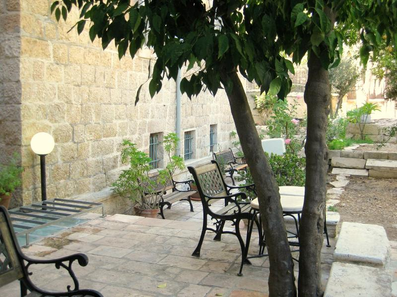 The Suita - Great Location with a Courtyard - Image 1 - Jerusalem - rentals