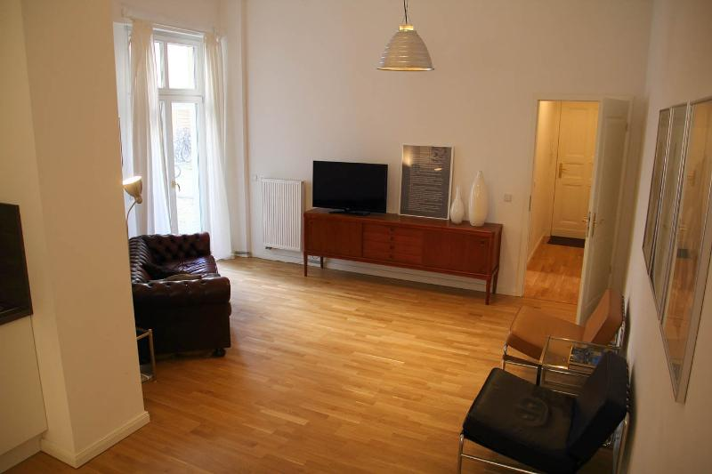 High Style Apartment and Dream Location in Berlin - Image 1 - Berlin - rentals