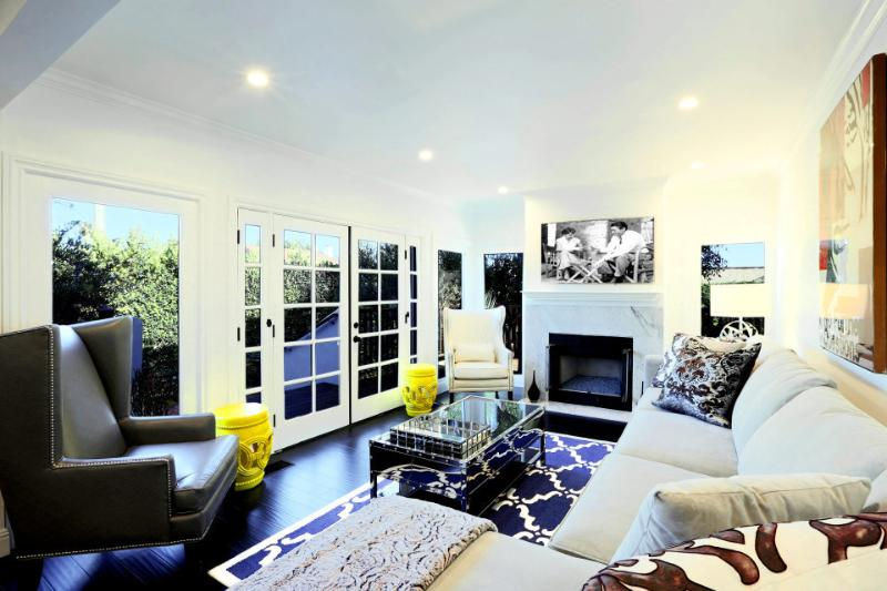 Living Room with sitting area | West Hollywood Casa | Luxury Vacation Rental by Owner - WestHollywoodCasacom Luxury Home, Sleeps 10 - West Hollywood - rentals