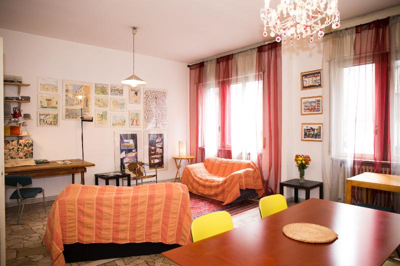The big living room, with different work, dinner, and relax areas - Beautiful flat in the  centre of Milano - Milan - rentals