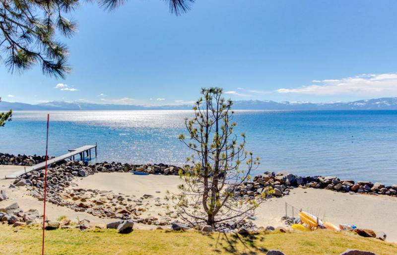 Lakefront condo w/ shared hot tub & pool, nearby beach & ski access! - Image 1 - Tahoe Vista - rentals