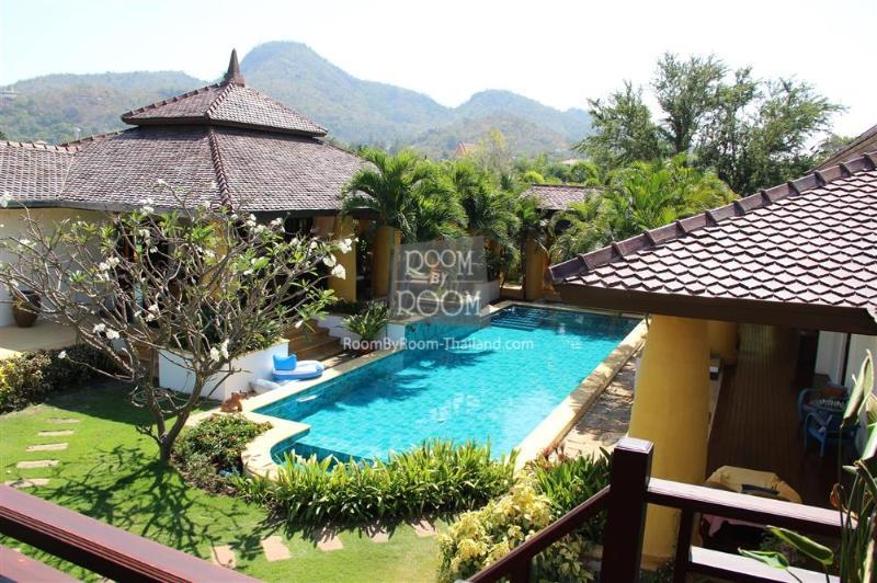 Villas for rent in Hua Hin: V6179 - Image 1 - Hua Hin - rentals