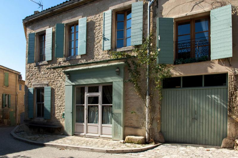 SLOW PROVENCE - savor the charm of Old Provence - Image 1 - Ansouis - rentals