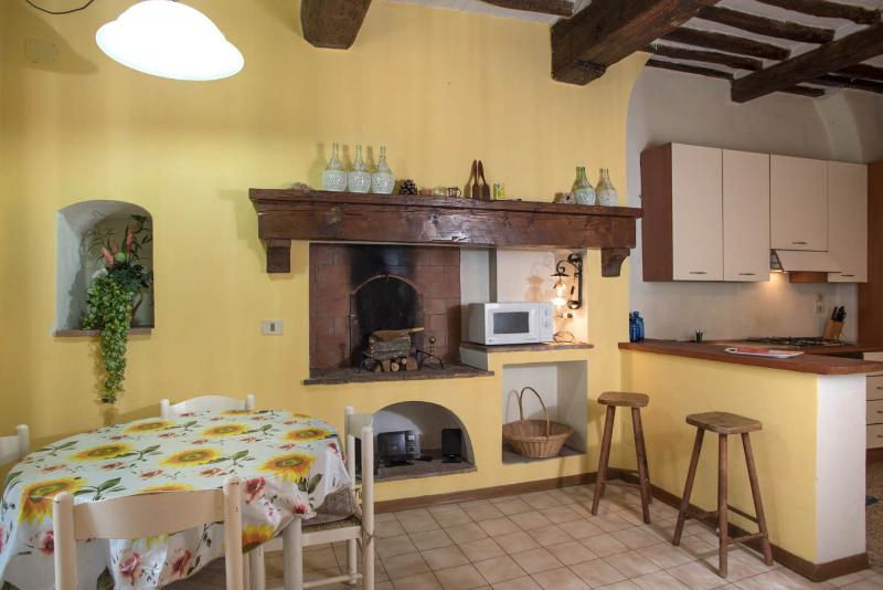Dining Area - Nice Vacation Rental at Casa Rossa in Lucca - Lucca - rentals