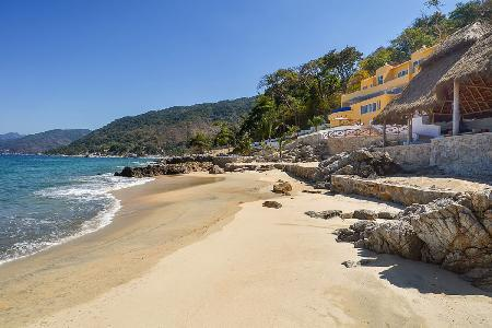 Playasola- private beach, infinity pool- jacuzzi & sports complex - Image 1 - Mismaloya - rentals