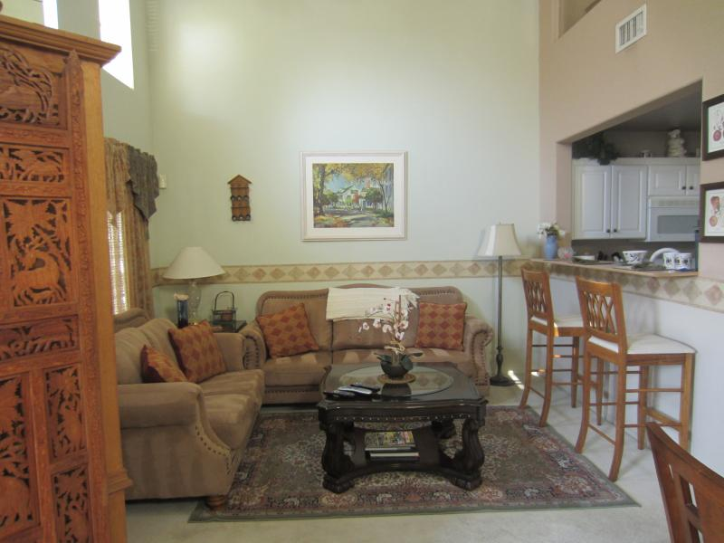 living space - 2 Story 2 Bed Loft W Garage Townhouse Gated - Las Vegas - rentals