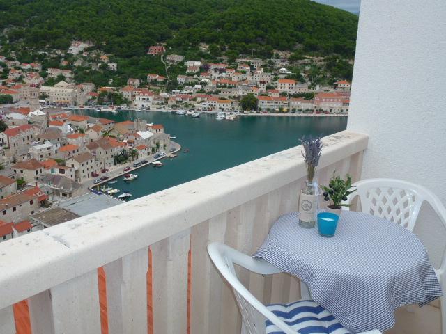 SA Jelena2 (2+1): terrace - 5945  SA Jelena2 (2+1) - Pucisca - Pucisca - rentals