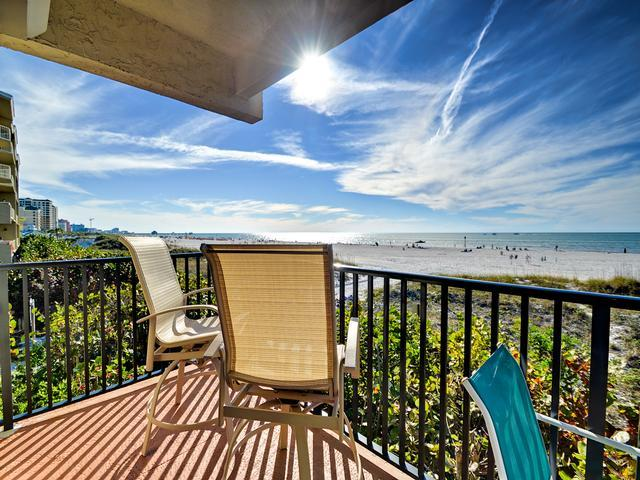Surfside vacation condo on Clearwater Beach - Surfside Condos 204 Beachfront | 3 bedrooms 2 baths | Heated Pool - Clearwater Beach - rentals