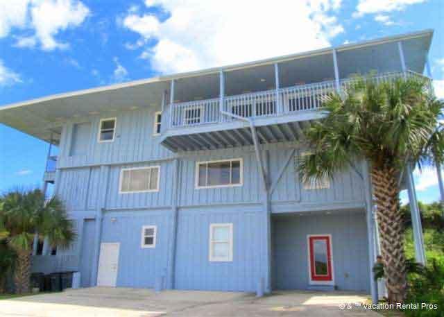 Crescent Castle on a prime ocean front property - Crescent Castle Beach Front - 6 Bedrooms, Sleeps 16 - Saint Augustine - rentals