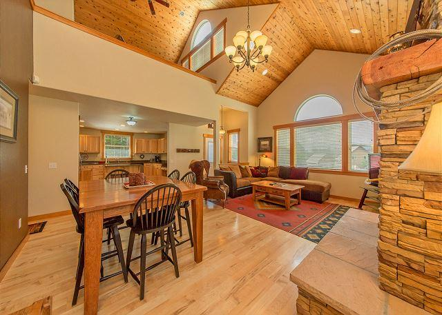 Tiger Lilly Lodge - Upscale Vacation Home Near Suncadia! Slps 11 | Hot Tub | FREE NIGHTS! - Cle Elum - rentals