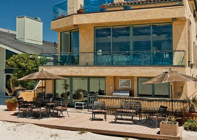 Hollywood Beach Oceanfront Tuscan Villa - Oceanfront Tuscan villa on the sand at Hollywood Beach!! - Oxnard - rentals