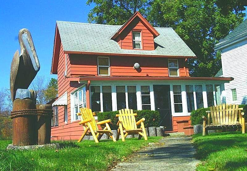Cottage - Historic NIAGARA RIVER COTTAGE  NEAR Niagara Falls - Niagara Falls - rentals