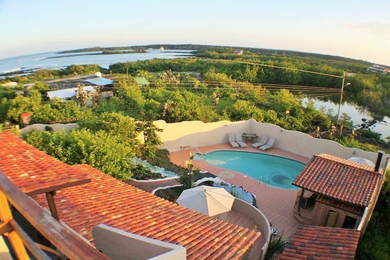 "Amazing views from the rooftop deck - GALAPAGOS SHANGRI-LA  ""POOL""  2 CASA'S 2 OPTIONS - Puerto Ayora - rentals"