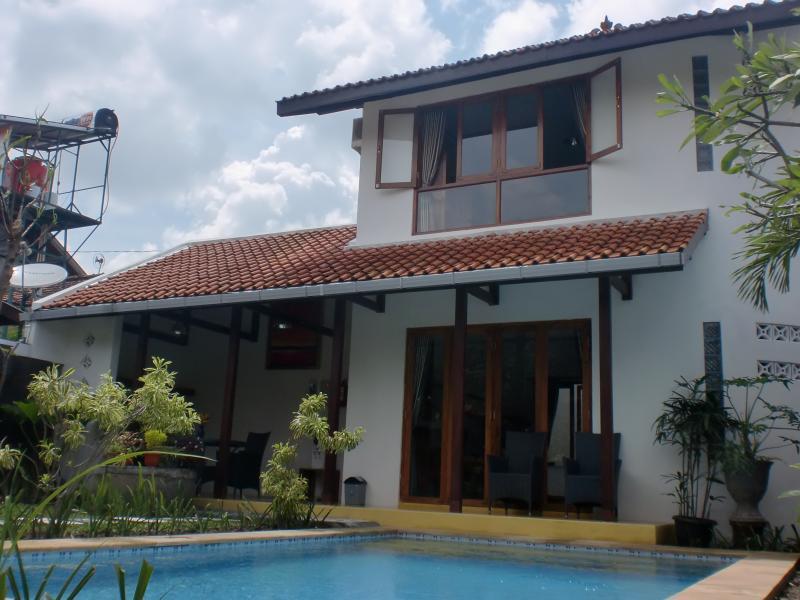 Front view - Villa Emerald Bougenville - Yogyakarta - rentals