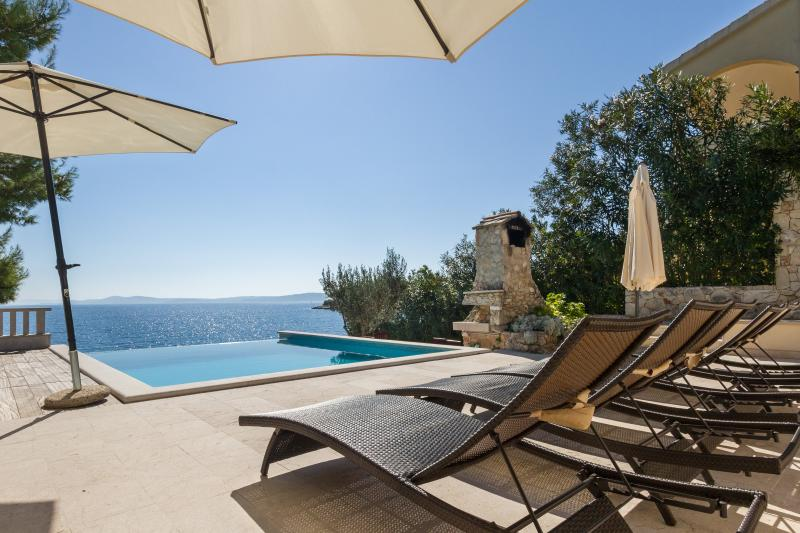 Sea front luxury villa,Swimming pool,Boat morning! - Image 1 - Okrug Gornji - rentals