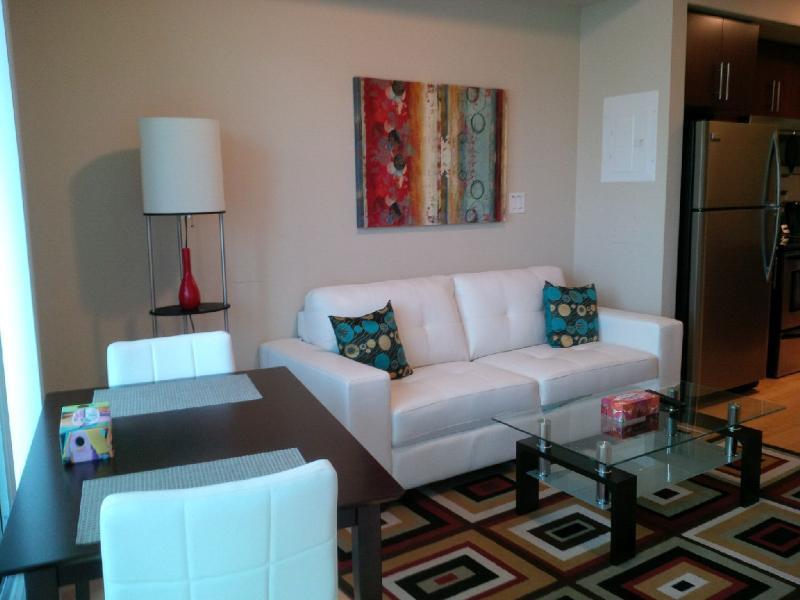 Downtown 1 Bedroom + Den Condo, next to harbour - Image 1 - Toronto - rentals