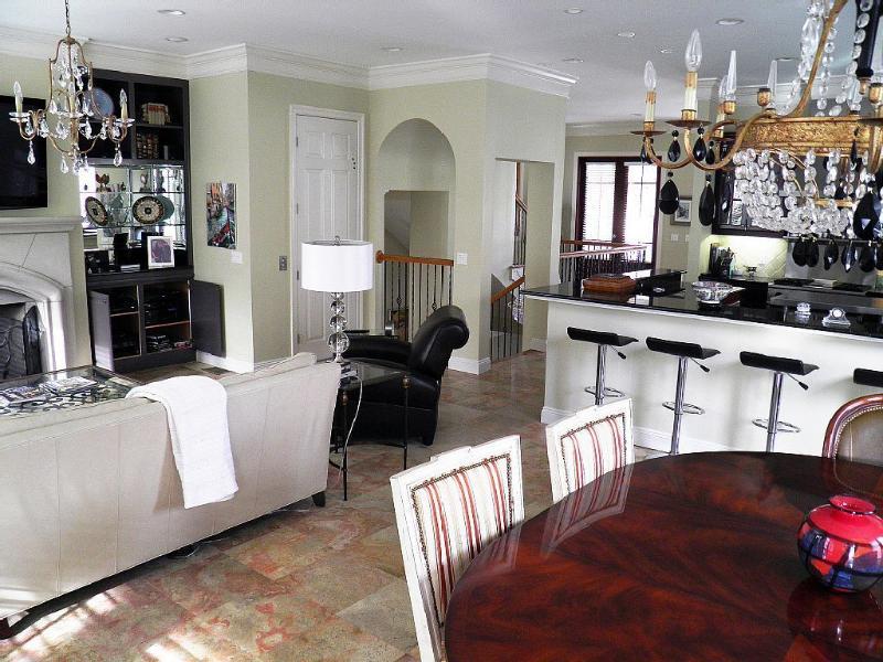 Destiny Palms Beach House....6 Bedrooms...Low Rates - Image 1 - Destin - rentals